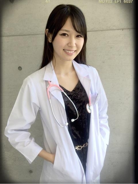 女医 医者の女