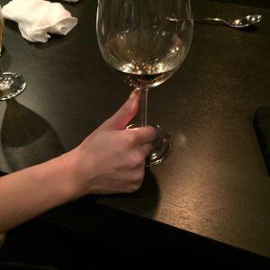 グラスをシゴく女4