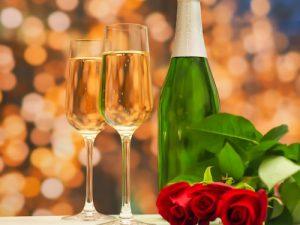 アラサーOLが潜入したホワイトキーの婚活パーティーはガチだった!