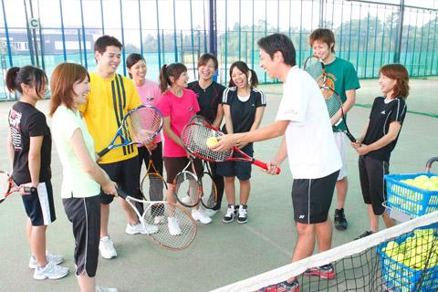 テニス コーチ
