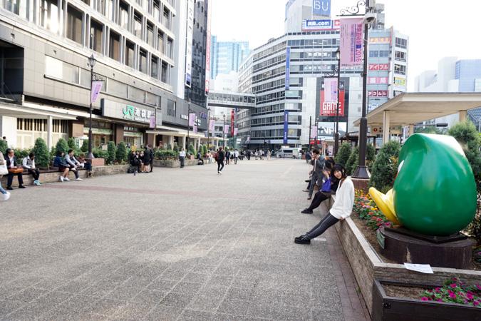 池袋西口広場