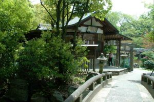 京都厳島神社スポット
