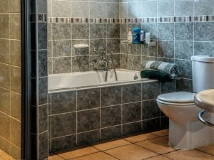 bathroom-490781_1920