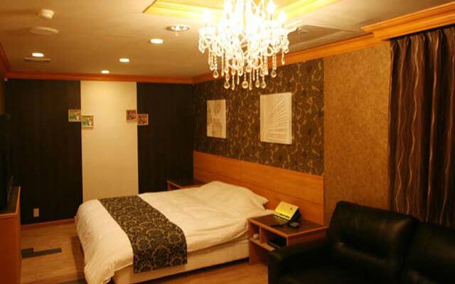 SARI リゾート香芝店2