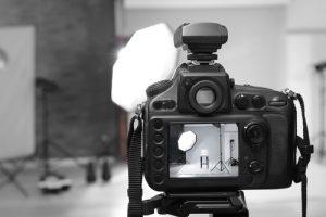 撮影中のカメラ